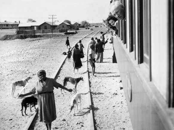 aborigines begging